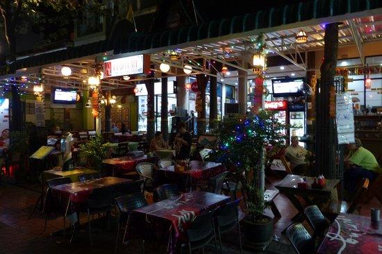 Chada Hostel: Chada Cafe