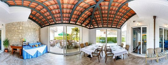 Hotel Villa Supetar : Wintergarden panoramic
