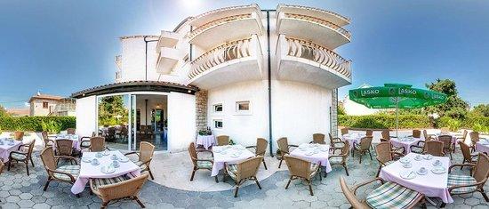 Hotel Villa Supetar : Terrace panoramic