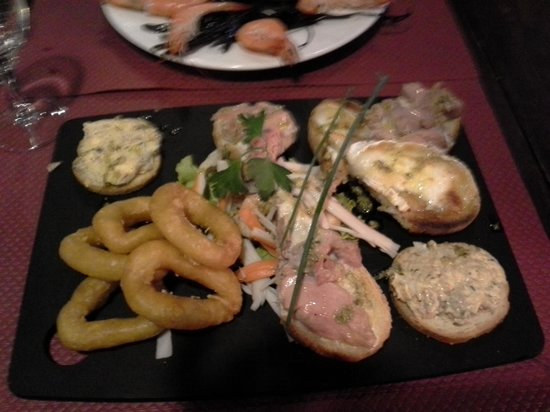 Restaurant Port Lauzieres: assiette de tapas
