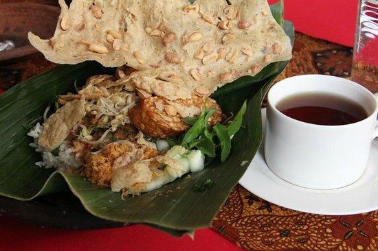 Hotel Tugu Blitar : Sarapan Nasi Pecel