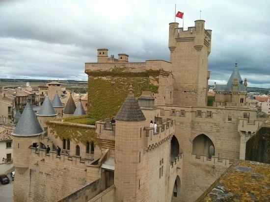 Palacio Real de Olite: Castillo de Olite