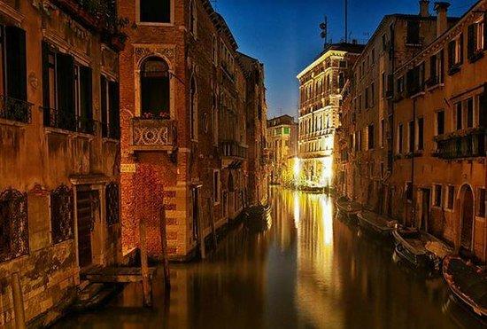 Hotel Papadopoli Venezia MGallery by Sofitel: Venice