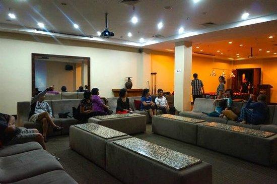 Padma Hotel Bandung : Entertainment Hall