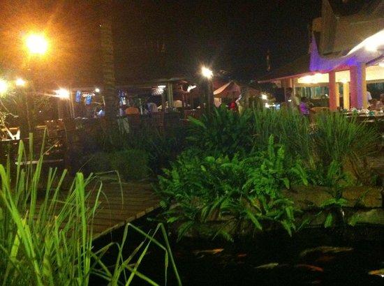 Aanari Hotel & Spa : terrasse restaurant