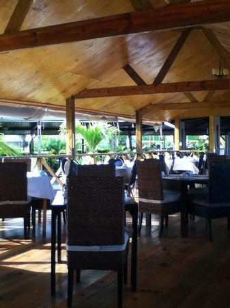 Turtle Beach by Rex Resorts: Dining area