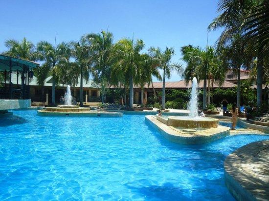 Deuxi me piscine picture of ifa villas bavaro resort for Villas en punta cana