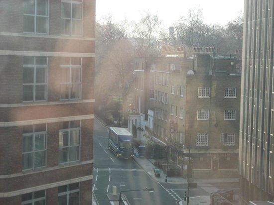 Pullman London St Pancras Hotel: ascenseur panoramique facade sud