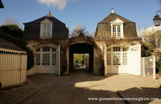 Hotel le Clos d'Amboise : It would have been a lovely stay but....