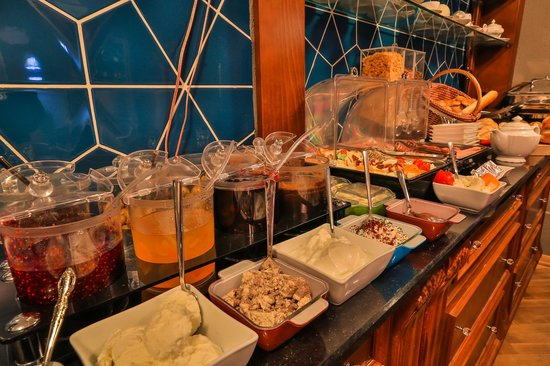 Faik Pasha Suites And Apartments Open Buffet Breakfast