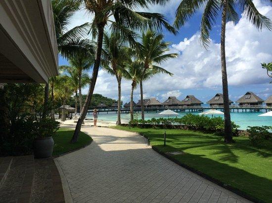 Conrad Bora Bora Nui : From the main restaurant