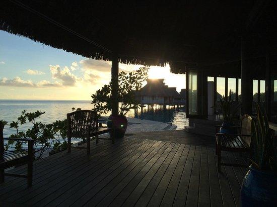 Conrad Bora Bora Nui : Great sunset