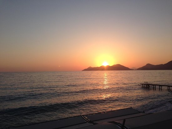 Liberty Hotels Lykia: Sunset from the beach bar