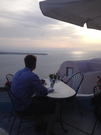 Kastro Oia Restaurant : Dinner with a view