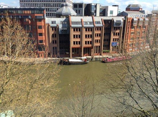 Mercure Bristol Brigstow Hotel: River view through window 506