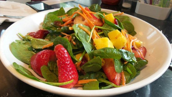 Silver Diner: Salad with fruits