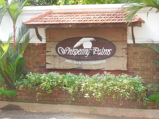 Abad Whispering Palms Lake Resort: Whispering Palms