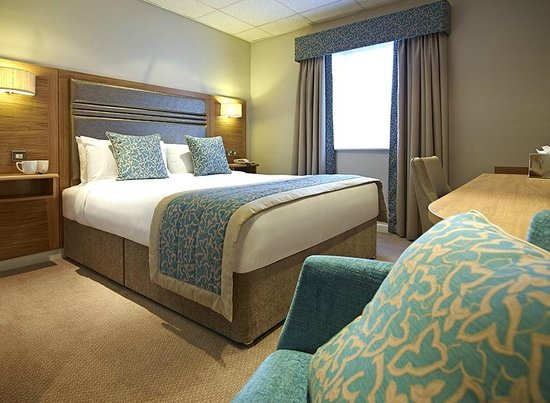 Briar Court Hotel : Room