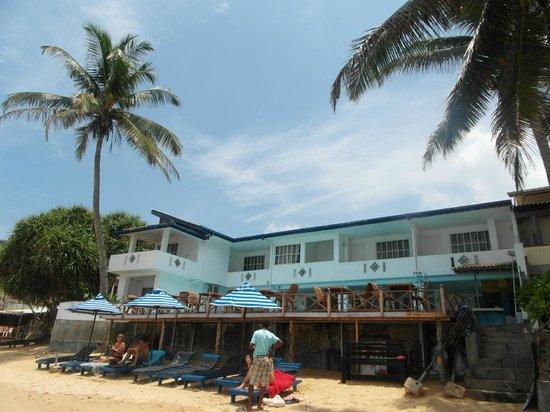 Nippon Villa Beach Resort : Отель. вид с моря