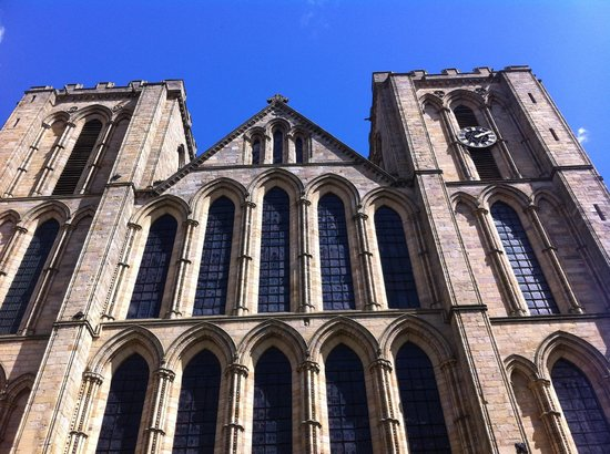Ripon Cathedral: The photos don't do it justice