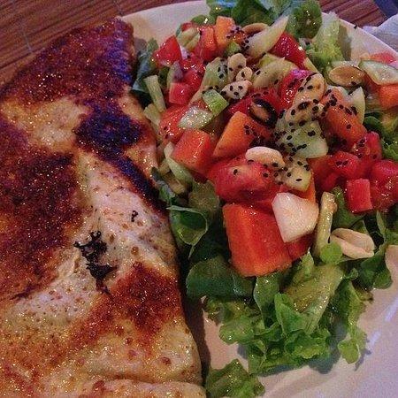 Kunda Vegetarian Cafe : Potato Onion Egg Cheese And Oregano Crepe