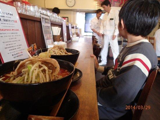 Otokogi Ramen Akagi Gunma Kiryu General Main Store : 普通のラーメンでこのボリューム