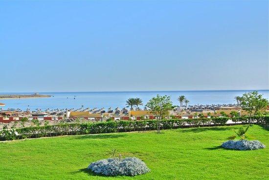 El Malikia Resort Abu Dabbab: Panomara sul mare dalla nostra camera