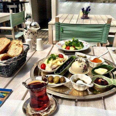 Peri Art Hotel: Outstanding breakfast