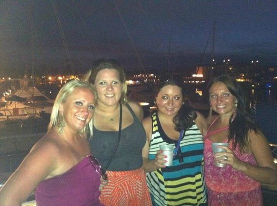 Pier House Resort & Spa: party cat sunset cruise