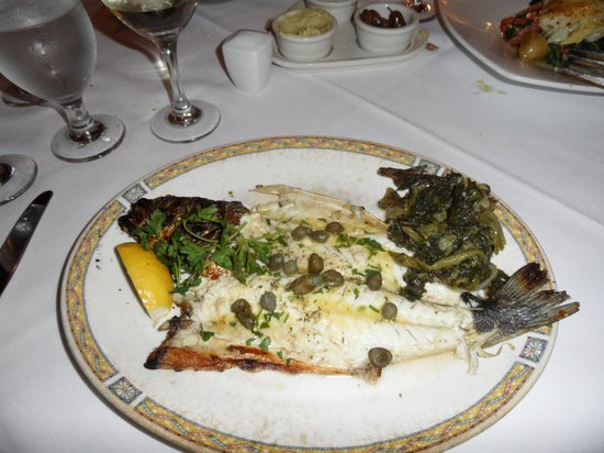 Kellari Taverna : whole fish