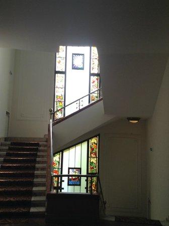 Hotel Moskva: le scale di collegamento
