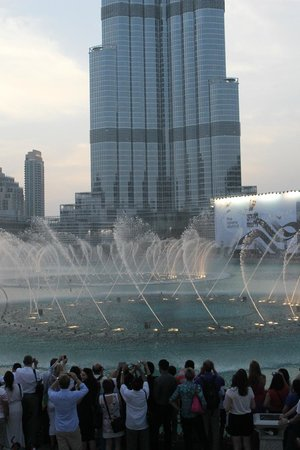 The Dubai Mall : Fountains of Dubai