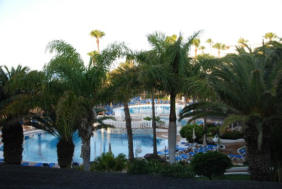 Sol Lanzarote All Inclusive : pool in the morning