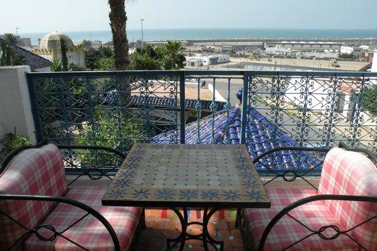 """Riad du Pecheur Safi: Balcon chambre """"Perche"""""""