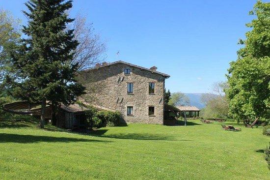 Locanda del Gallo: la villa in pietra