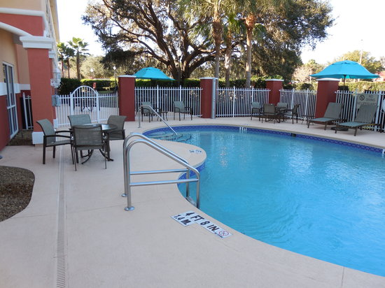 Comfort Suites The Villages : Pool