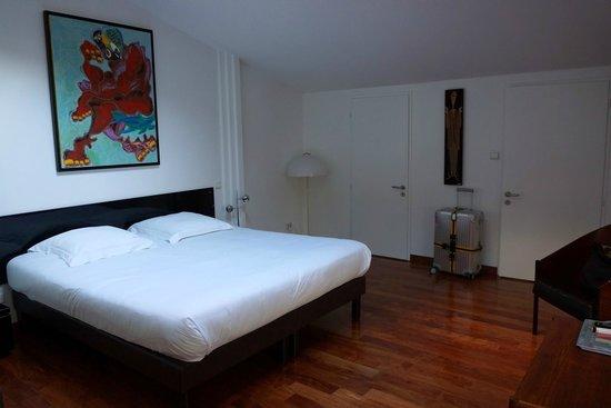 Chambres d'hotes Loft Vintage Lyon : Clean and big room