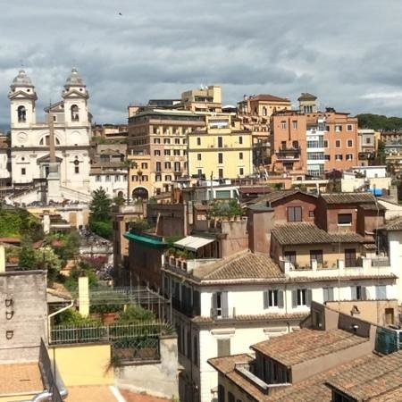 Portrait Roma: view from the rooftop terrace