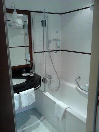 Cuarto de baño - Bild von Hotel Das Tyrol, Wien - TripAdvisor