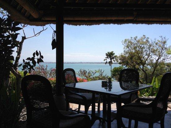 Four Seasons Resort Bali at Jimbaran Bay : The ocean view across the bay