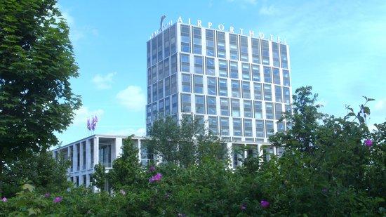 Van der Valk Airporthotel Duesseldorf: Außenansicht