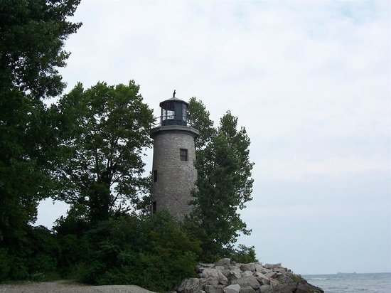 Lighthouse Point Provincial Nature Reserve : Lighthouse