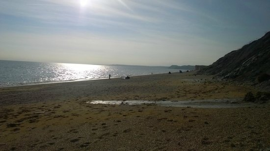 Chesil Beach Lodge : beach