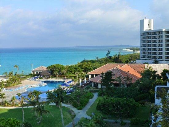 Miyakojima Tokyu Hotel & Resorts : 高層階よりの眺望
