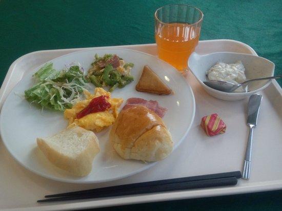 Okinawa Sunplaza Hotel: 朝食(ブッフェ)