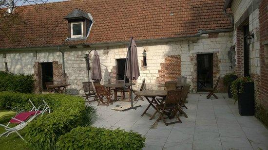 Hostellerie Le Clos du Moulin : terrasse
