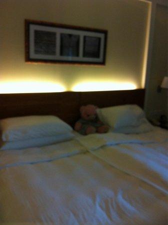 Shangri-La Al Husn Resort & Spa: Bed