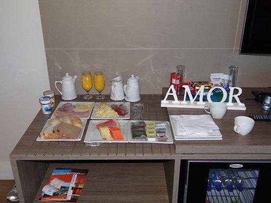 Blue Tree Towers Florianopolis: Pacote Noite de Núpcias - Café da manhã servido no quarto