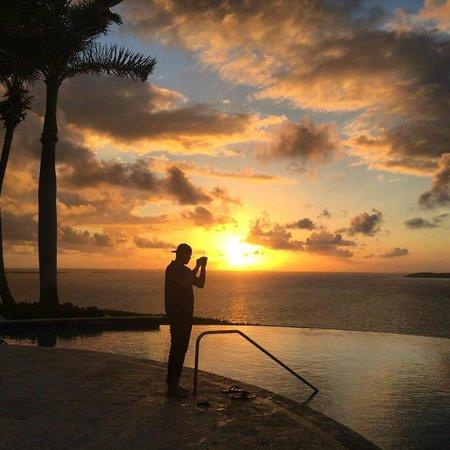 Las Casitas Village, A Waldorf Astoria Resort : Sunrise at the Infinity Pool