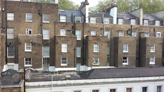 Stylotel: Vue de la fenêtre de la chambre 402